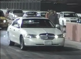 2002 Lincoln Town Car Signature Series
