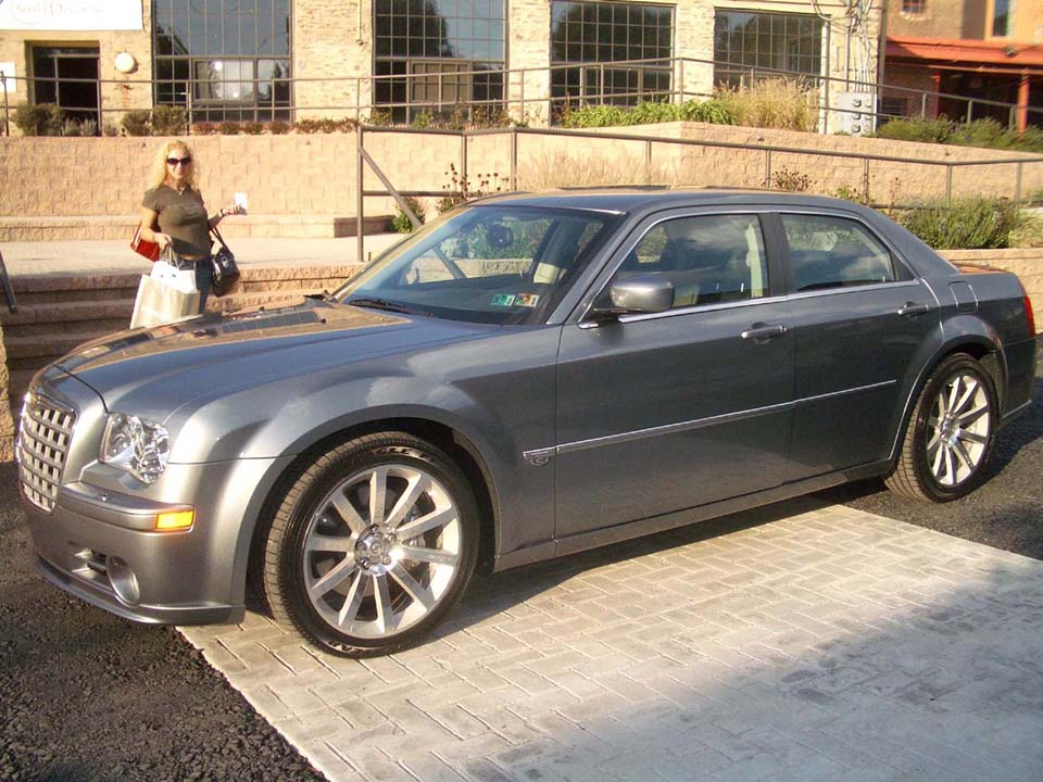 2005 Chrysler 300 C SRT-8 HHP