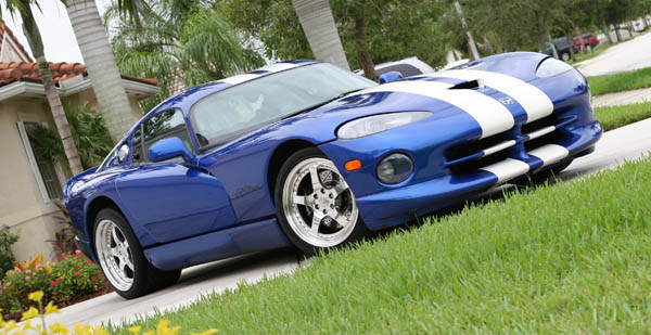 1996 Dodge Viper GTS with Headers & Exhaust