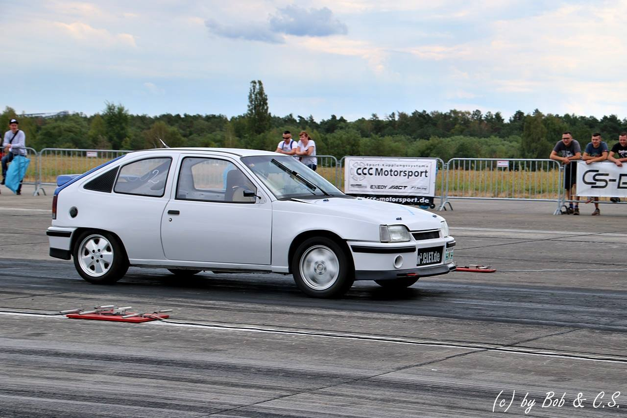 Withe 1989 Opel Kadett GSI Turbo