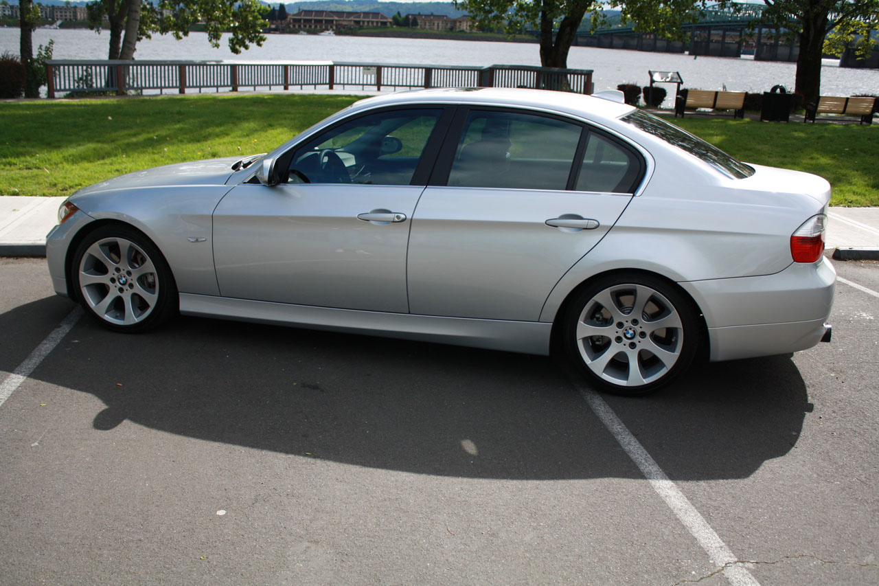 2007 BMW 335xi E90 Sedan (AWD)