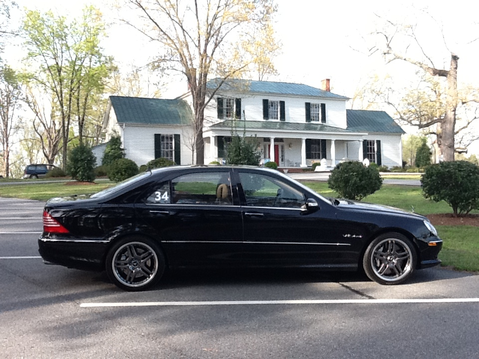 Black 2006 Mercedes-Benz S65 AMG