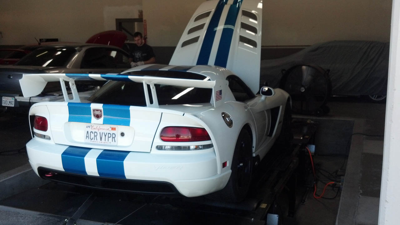 White/Blue strips 2009 Dodge Viper ACR SRT 10