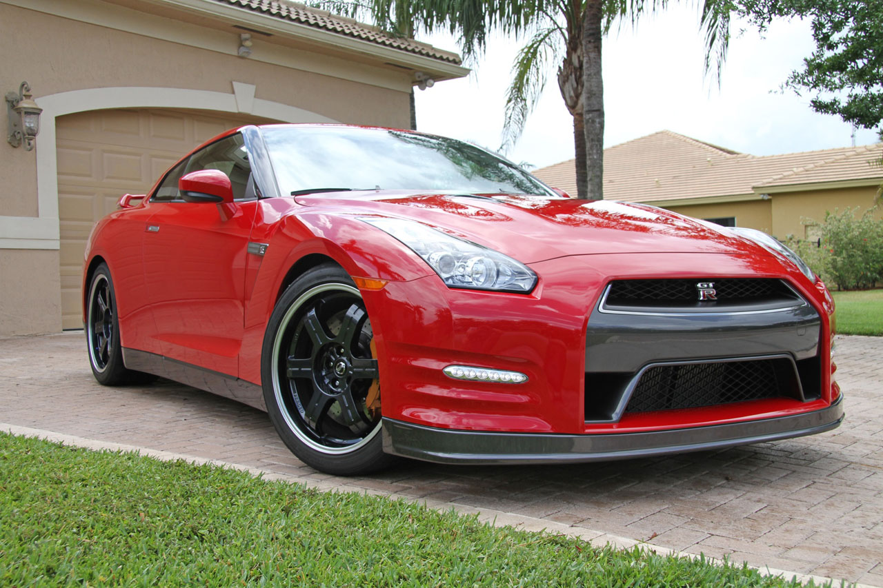 Solid Red 2013 Nissan GT-R AAM Mid-Pipe HPLogic Tune