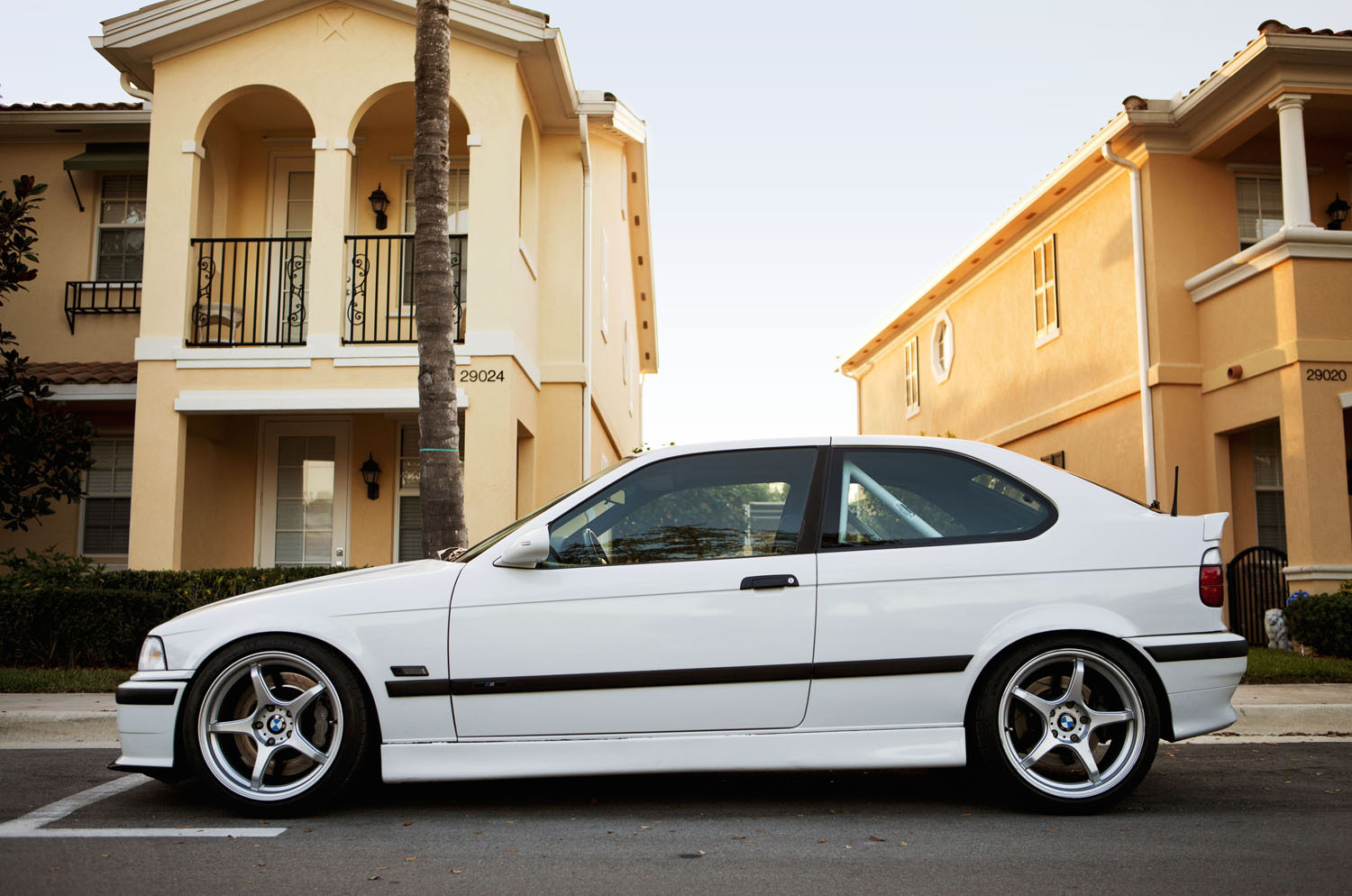1995  BMW 318ti  picture, mods, upgrades