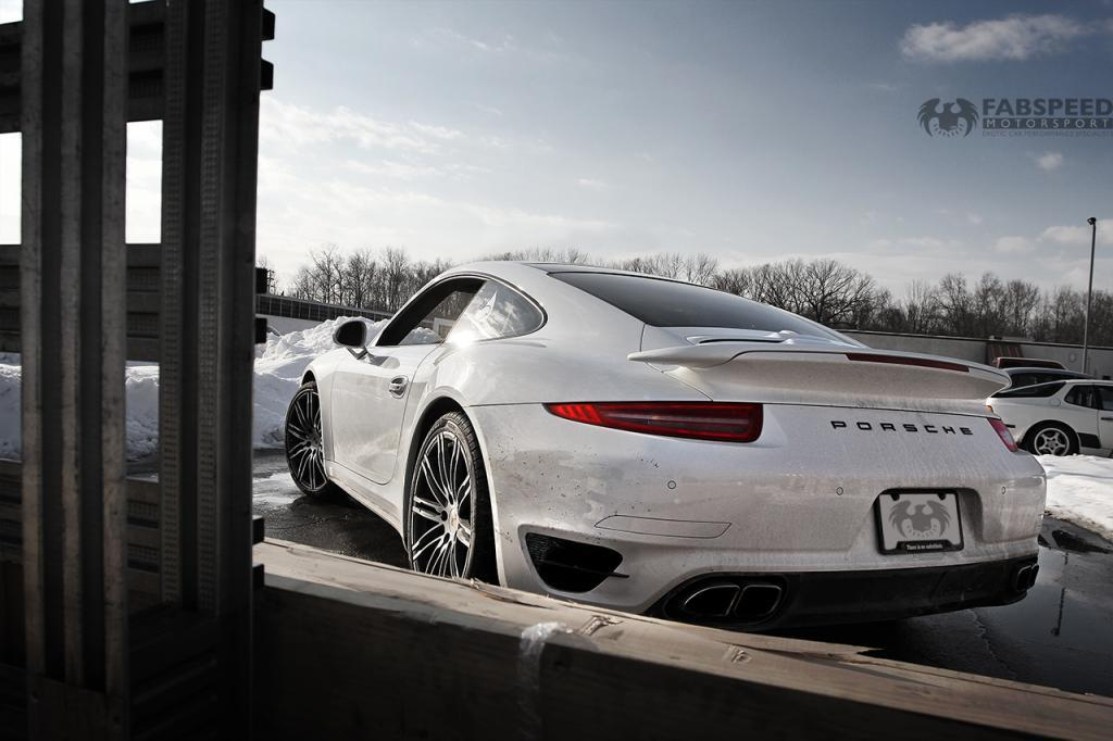 White 2014 Porsche 911 Turbo