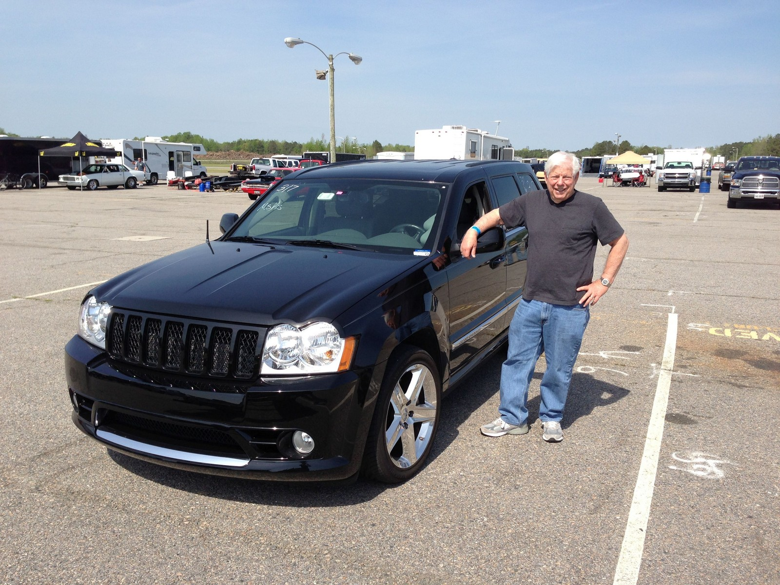 Black 2007 Jeep Cherokee SRT8