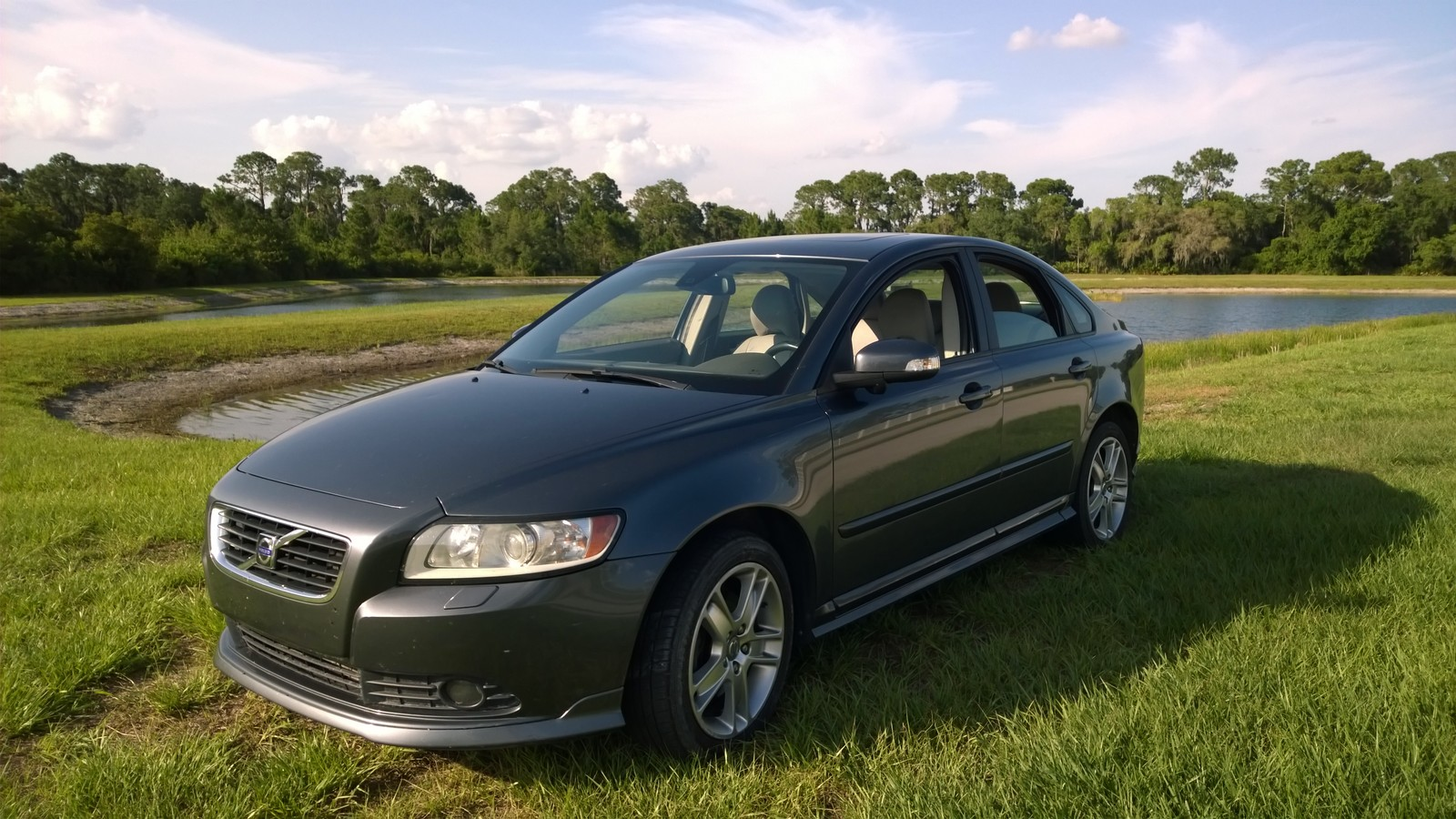 2008  Volvo S40 T5 AWD picture, mods, upgrades