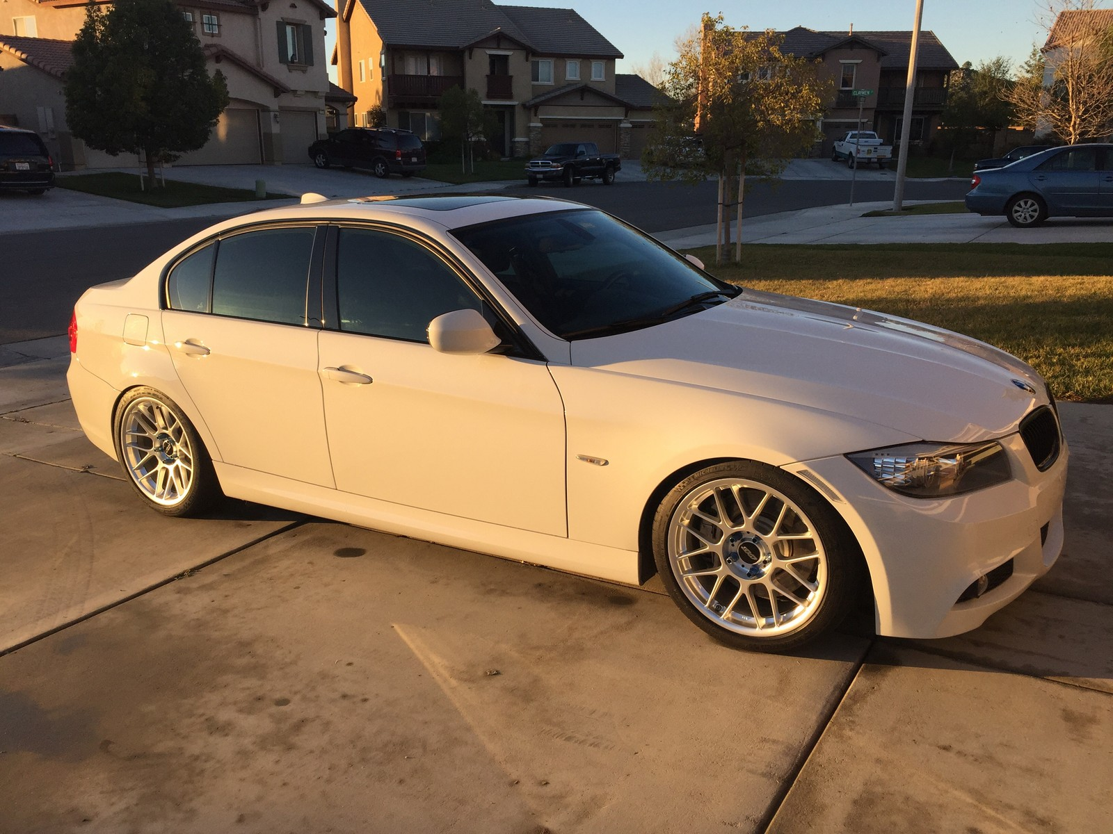 Alpine White 2010 BMW 335i M-sport