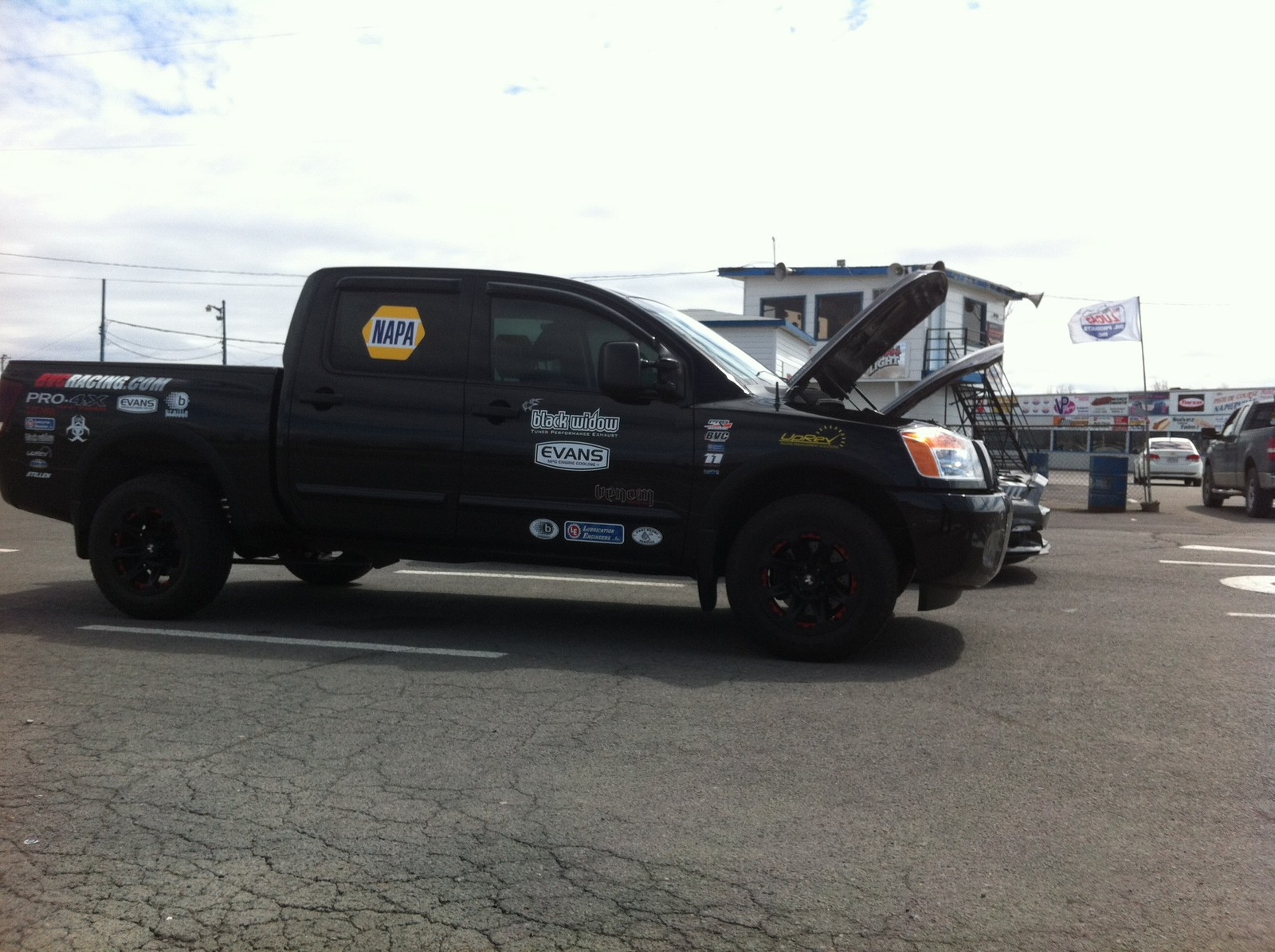 Galaxy Black 2010 Nissan Titan PRO 4 X CC 4X4  No Spray or boost