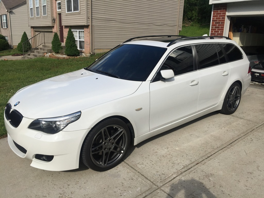 White 2008 BMW 535xi