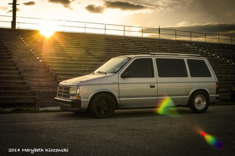 1989 Rust / Gray Dodge Caravan  picture, mods, upgrades