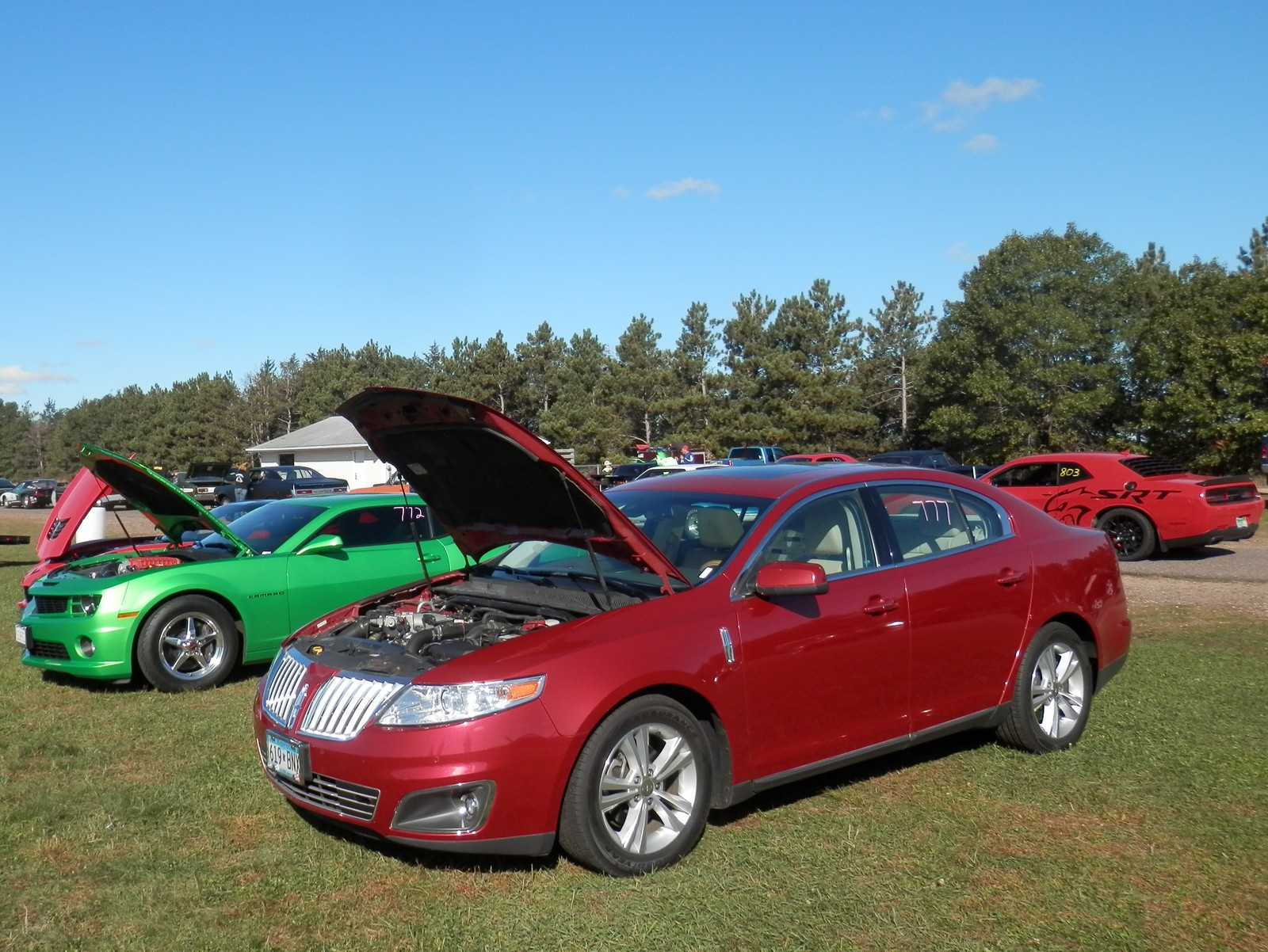 2010 lincoln mks 1 4 mile drag racing timeslip specs 0 60. Black Bedroom Furniture Sets. Home Design Ideas
