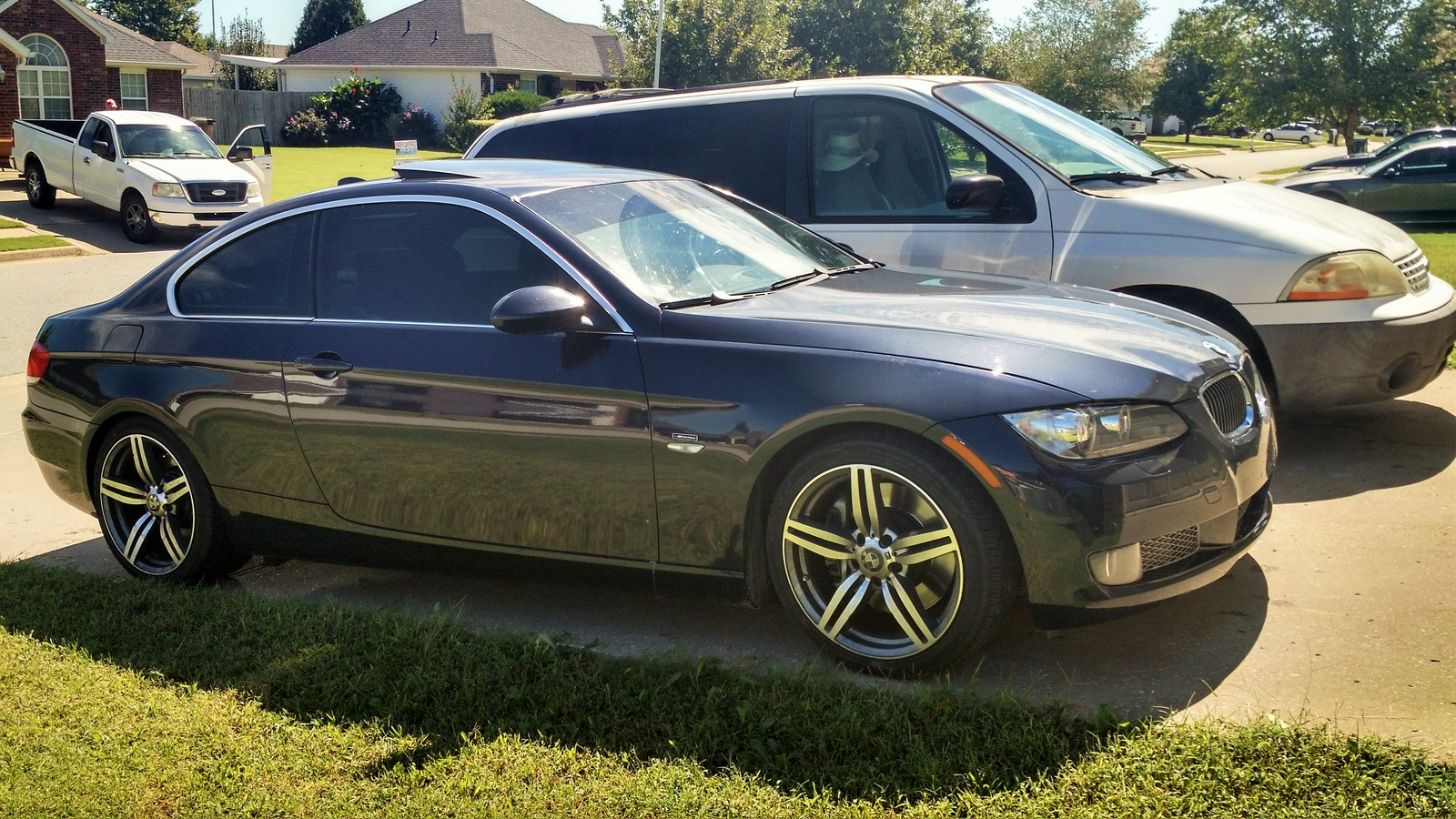 2007 Blue BMW 335i E92  picture, mods, upgrades