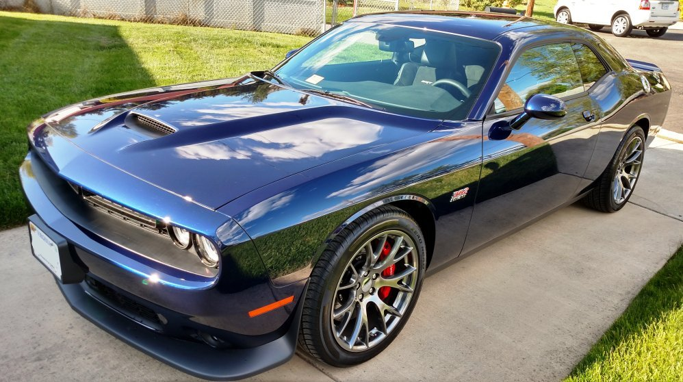 Jazz Blue Pearl 2016 Dodge Challenger SRT392