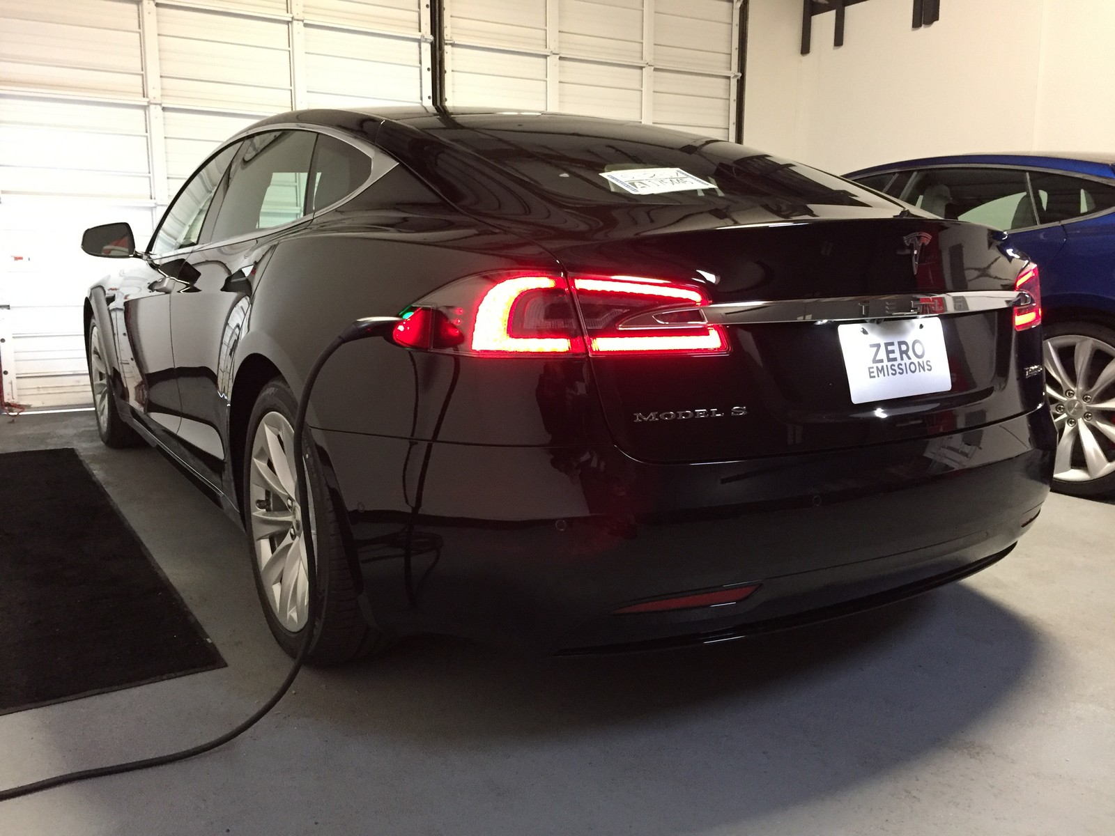 Black 2017 Tesla Model S P100D Ludicrous Plus