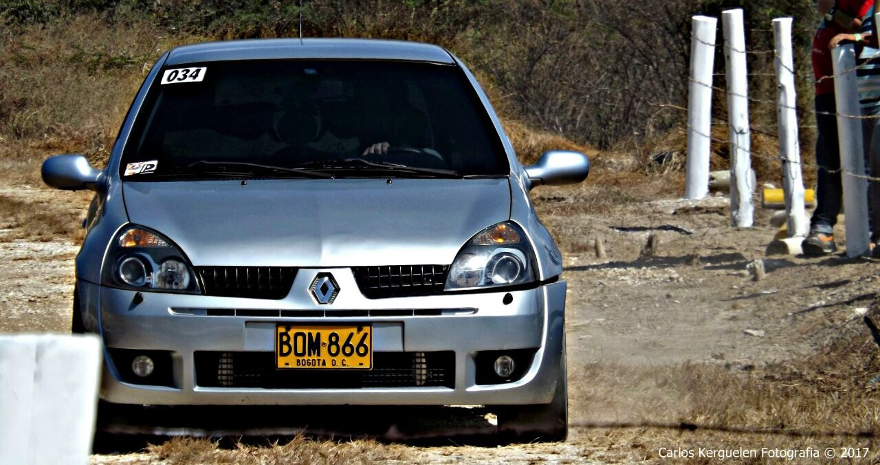 2004 Silver Renault Clio 172 picture, mods, upgrades