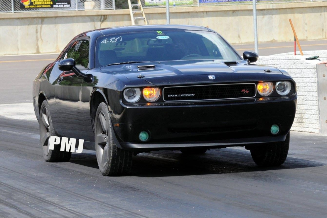 2010 Brilliant Black Dodge Challenger RT picture, mods, upgrades