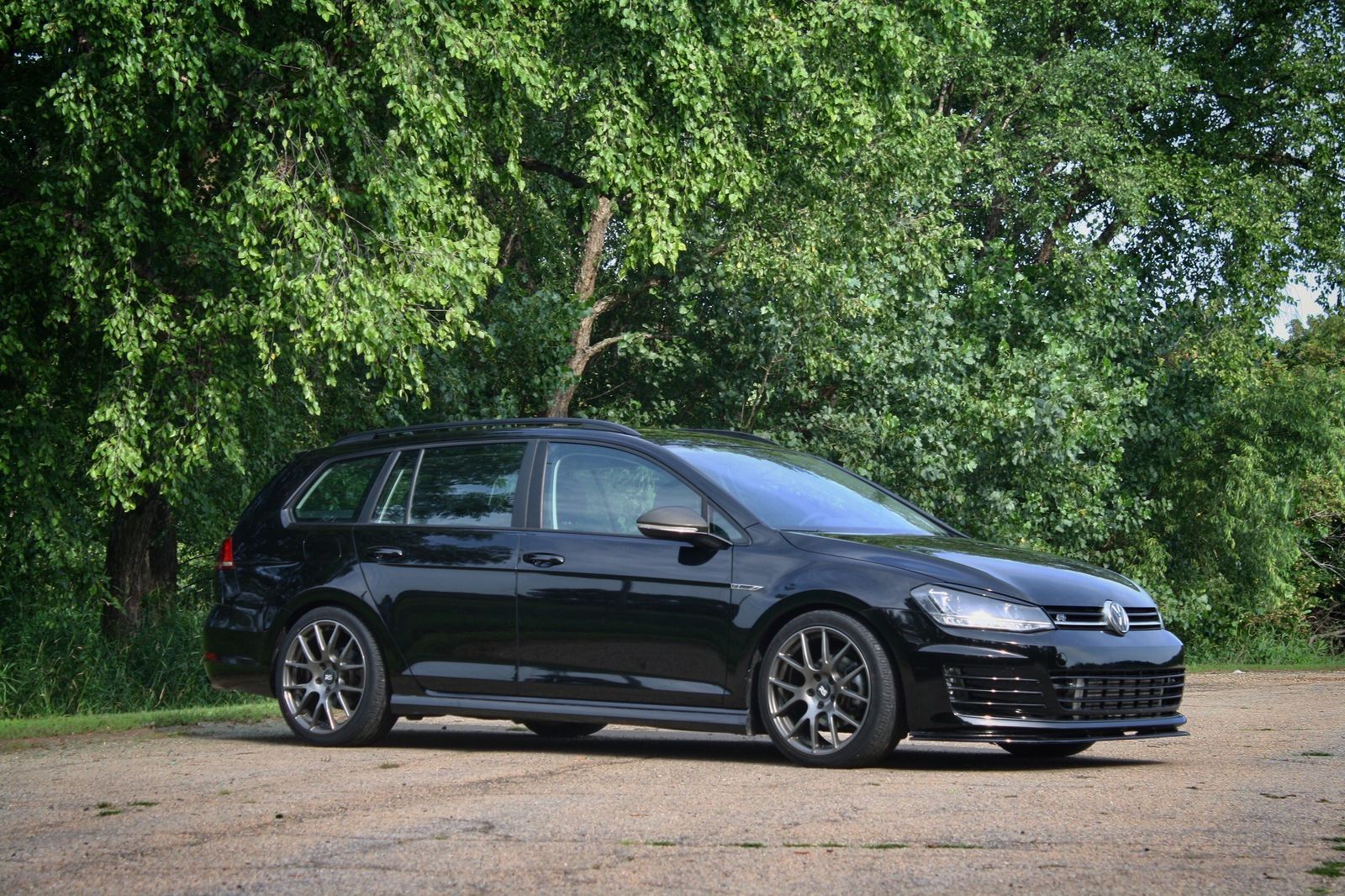 2017  Volkswagen Golf Sportwagen 4motion DSG picture, mods, upgrades