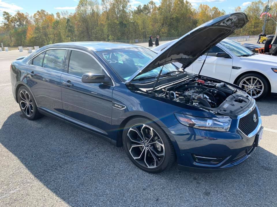 Blue Jeans Metallic 2016 Ford Taurus SHO