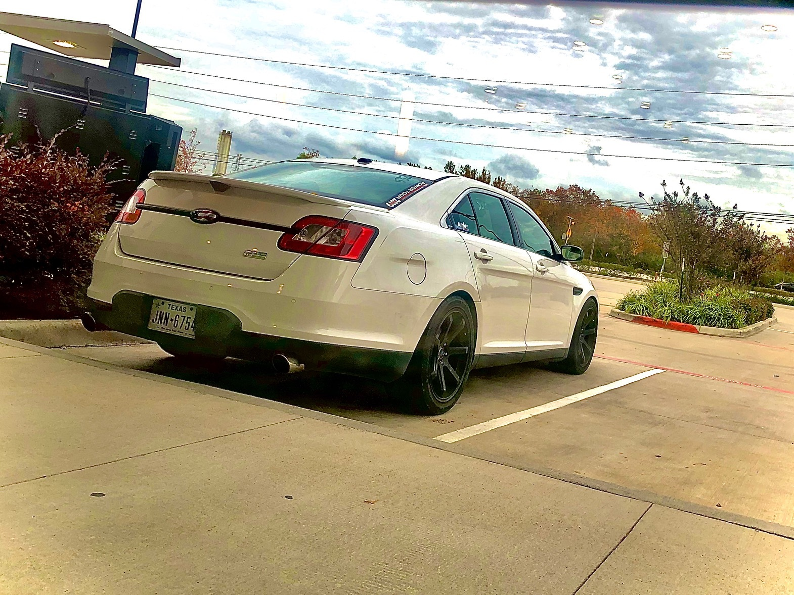 2010 White Ford Taurus SHO picture, mods, upgrades