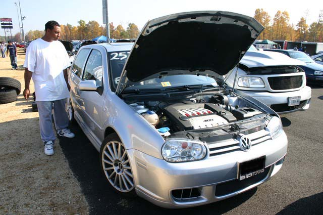 2004  Volkswagen Golf R32  picture, mods, upgrades
