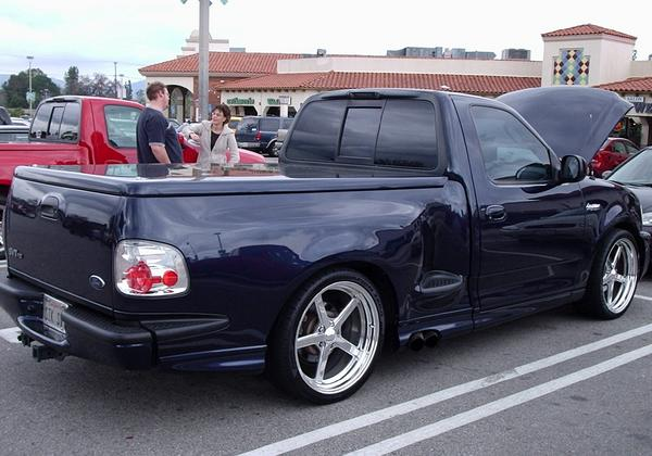 2002 Ford F150 Lightning SVT