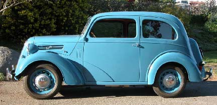 1954 Ford Anglia 2-Door Sedan