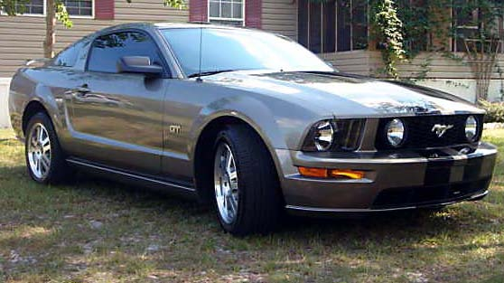 2005 Ford Mustang GT Nitrous